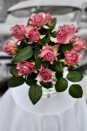 Bukiecik z Fioletowych Różyczek